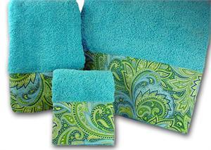 Plush Posh \'Windward\' Turquoise Towel Set Preppyprincess.com