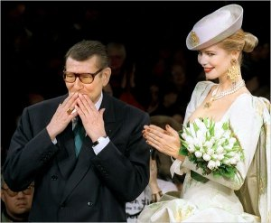 Yves. St Laurent Obit Claudia Schiffer 1997 Wedding