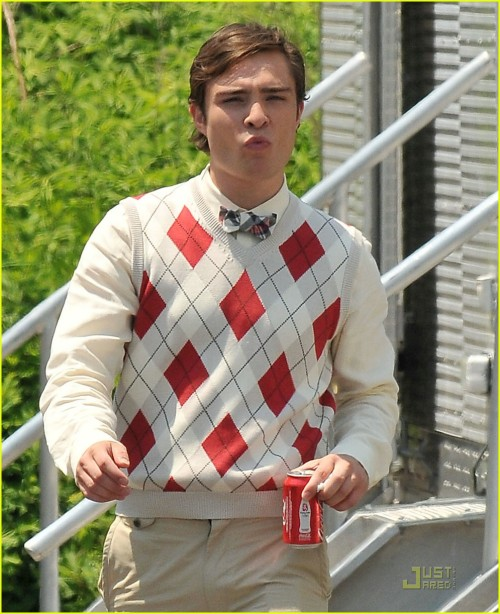 Gossip Girl Hamptons shoot two ed westwick argyle