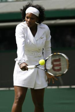 Serena Williams in trench coat wimbledom
