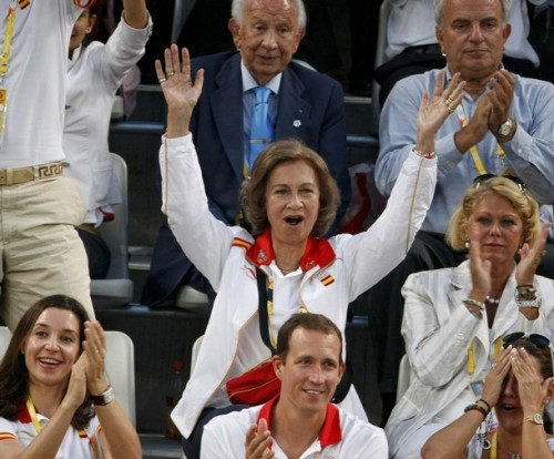 Queen Sofia of Spain reacts